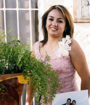 <u><b> 08 de mayo </u> </b><p> Rocío Solórzano Calzada contraerá matrimonio con Osvaldo Van Der Elst.