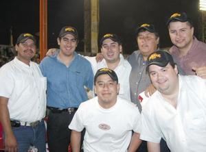 Ernesto Chapa, Francisco Villarreal, Aldama Ramírez, Manuel Castro, Luis Felipe Azcárraga, Ángel Támez y Efraín Cruz.