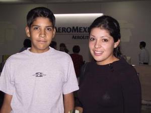 <u><b> 16 de mayo </u> </b><p>  Melisa y Gustavo Román viajaron a los Ángels Cal.