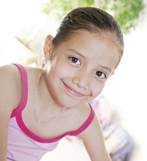 Andrea Kimberly Hurtado Ordóñez cumplió siete años de vida es hija de los señores Andrés Hurtado Morales y Guillermina Ordóñez Rosales.