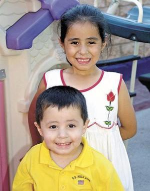 <u><b> 16 de mayo </u> </b><p> Isabel y Luis Hijar en pasado festejo.