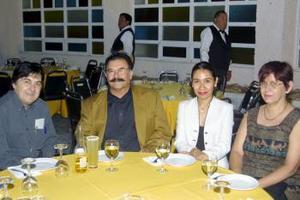 Antonio Buijaidar, Ismael Villa, Mariana Flores y Margarita Blanciller