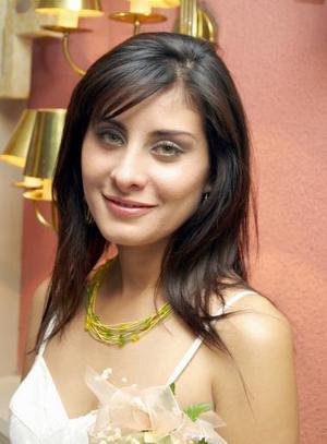 Lissette Díaz Moreno disfrutó de una despedida de soltera ofrecida por el Club Rotario de Torreón.