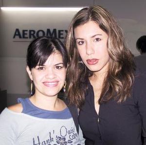 Daniela Carrillo y Luisa Fernanada Correa viajaron con destino a Cancún.