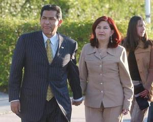 El presidente de Ecuador Lucio Gutierrez y su esposa Ximena Bohorquez