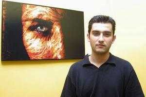 Chuy Chávez tiene cinco años de experiencia en el área de la fotografía publicitaria y social, ha trabajado en campañas publicitarias de diversas empresas laguneras.