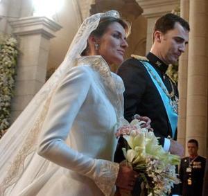 Esta primera boda real que se celebra en Madrid desde hace un siglo, fue bendecida por el papa Juan Pablo II en un mensaje leído por Monseñor Rouco Varela, en la recta final de la ceremonia litúrgica.
