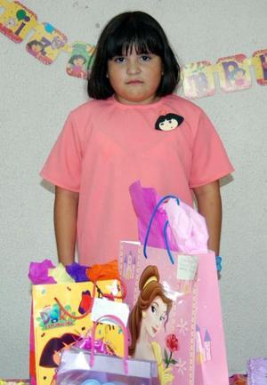 María Cristina Almaraz Martínez cumplió ocho años de edad y los festejó con un divertido convivio.