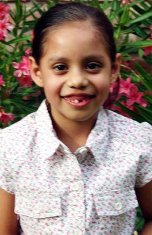 Silvana Gómez Gándara festejó seis años de vida en días pasados, con un agradable convivio que le ofrecieron sus papás.