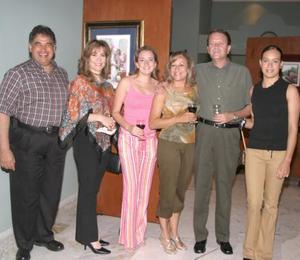 Gabriel Villalobos, Alma de Villalobos, Alma Villalobos, gina Núñez, José Alat6orre y Gina de Alatorre.