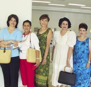 <u><b> 27 de mayo </u> </b><p>  Inés de la Peña, Gabriela Sáenz, Leticia torres, Carmen de Mena, Lolo de Cepeda viajaron a Ixtapa de vacaciones.