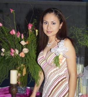 Elizabeth dorado Saldaña contraerá matrimonio con Samuel Castillo, el 18 de junio.