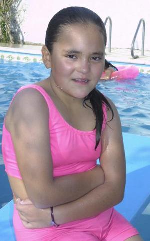 <u><b> 28 de mayo </u> </b><p> Victoria Guadalupe Valdivia Vázquez festejó su onceavo cumpleaños en días pasados, con un divertido convivio.