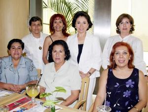 <u><b> 30 de mayo </u> </b><p> Yolanda Carrillo, Rosario Torres, Olivia Álvarez, Lidia Cuéllar, Enriqueta Villarreal, Magdalena Ibarra y Marusa Jalife.