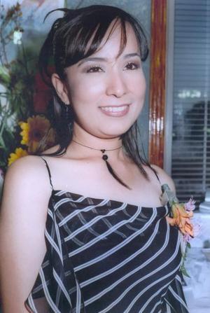 Maribel Ramírez Hernández recibió numerosas felicitaciones, en la despedida de soltera que le ofrecieron recientemente.