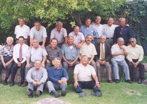 En días pasados se llevó a cabo la reunión mensual del grupo Amigos de Siempre en casa del señor Omar Gutiérrez García, donde disfrutaron de una agradable merienda.