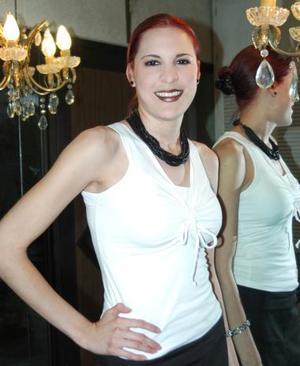 Michelle Monárrez Martínez, captada en su despedida de soltera.