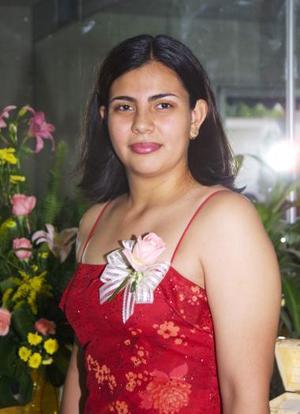 <u><b> 02 de Junio </u> </b><p>  Norma Patricia González Andrade, captada en la despedida de soltera que le ofrecieron en días pasados por su próxima boda.