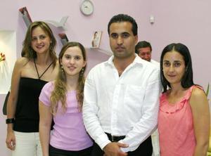 Lupita Garza, Miriam Martínez, LAlo Martínez y Adriana Garza.