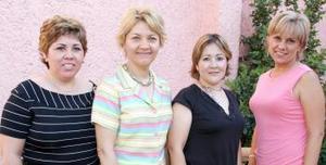 <u><b> 05 de Junio </u> </b><p>  Jesú de Adame, Lulu de Robles, Lorena de Gámez y gloria de Martínez.