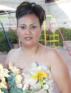 Ivonne Contreras Moreno, captada en la despedida de soltera que le ofrecieron en días pasados por su próxima boda.