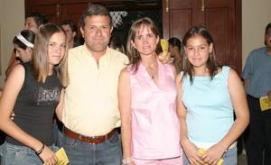 Ana Tere Berlanga, Jesús Berlanga, Teresa de Berlanga y Ana García.
