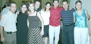 <u><b> 05 de Junio </u> </b><p>   Jorge Pérez, Lorena de Sada, Rosario de Pérez, Karla de Enríquez, Carlos Enríquez, Pablo y Rosa Torres.