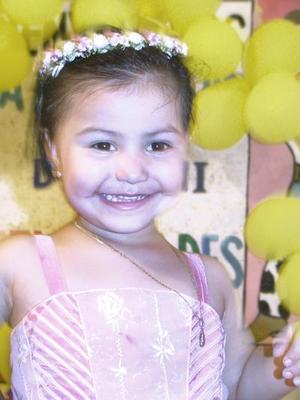 Debanhi del Carmen del Toro González festejó su tercer aniversario de vida, con una divertida fiesta infantil