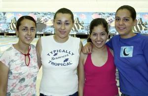 Mariana Anaya, Yolanda Alonso, Julieta y Alejandra Galarza.