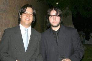 Roy  Dingler y Emilio Hernández