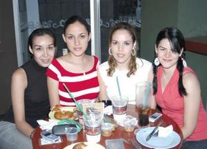 Karla Belmonte, Alicia Rodríguez, Ale de la Fuente y Adriana Reza.