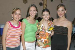 <u><b> 06 de Junio </u> </b><p>   Liz Dabdoub Velázquez disfrutó de una dsepedida de soltera, ofrecida por Tunie Mireles , Alejandra Towns y Mayra Barba.