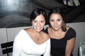 Nancy Aparicio y Neima Salazar.