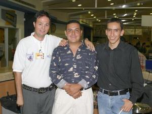 <u><b> 07 de Junio </u> </b><p>   Raúl Eduardo Blázquez, Eduardo Ávila y Carlos Torres.