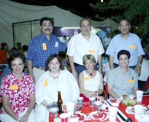 Cecy Murillo, Laura de Garrido, Paty Z. de Murra, Marilú Finck de Anaya, Ricardo Garrido, Roberto Murra, Antonio Anaya.