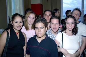José Luis Rocha, Verónica García, Ivonne, Héctor Rivas, Daniel Zorrilla, Liliana Becerra y Érick Enríquez..