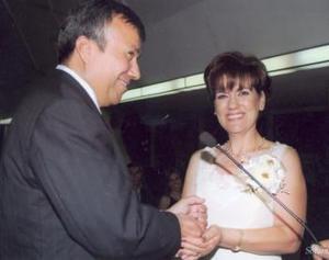 Ing. Jespus Gerardo Torres Taboada y Angélica Padilla el día de su enlace nupcial.