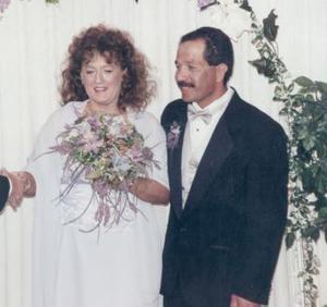 <u><b> 06 de Junio </u> </b><p>   Ing. Ramón Agüero Cantú y Srita. Pamela Saunders contrajeron matrimonio civil en la ciudad de  St. George, Utha el 15 de noviembre de 2003