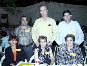 Jorge Campos, Ricardo Saravia, Jesús Aranzábal, Martha de Campos, Ana Laura de Saravia y Rosario Aranzábal.