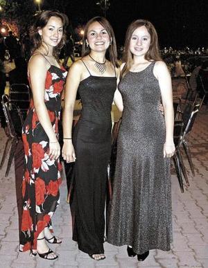 <u><b> 10 de Junio </u> </b><p>  Irma Arrañaga, Lili Monteverde y Graciela Lee
