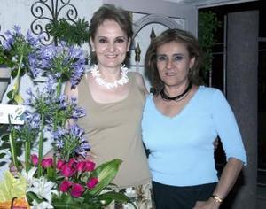 Bertha Alicia Gámez Navarrete festejó su cumpleaños, con un agradable convivio organizado por su hermana Pilar Gámez de Díaz.