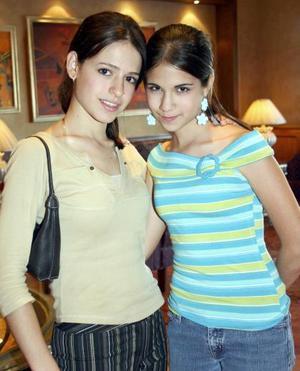 Brenda y Luisa Bitar.