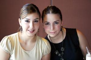 <u><b> 11 de Junio </u> </b><p>  Steffany y Denisse Chamut.