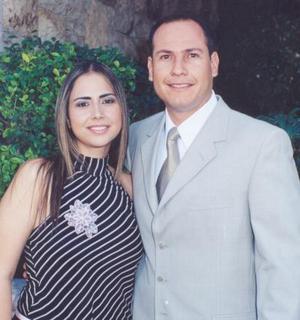 Sambra Roxana Zavala Rocha y Gerardo Sandoval Rodríguez.