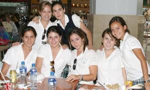 Marcela Dabdoub, Andrea Arriola, Elia Dávalos, Andrea Hernández, Marinés Carrillo, Motse González y Luisa Viesca.