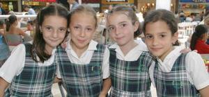 <u><b> 12 de Junio </u> </b><p> Marlene Papadópulos, María Jimena Sifuentes, Maite Belausteguigoitia y Jimena Espada Ruenes.