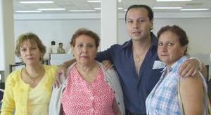 <u><b> 12 de Junio </u> </b><p>  Lilia Siordia, Samia Pacheco, Alma de Pacheco y saúl Pacheco viajaron a Villahermosa.