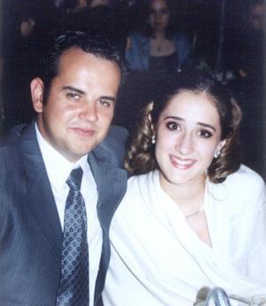 Eduardo Flores y Mariana Fernández.