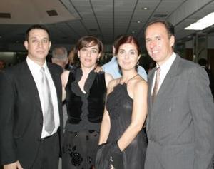 Humberto Martínez Payán, Laura Cuerda de Martínez, Sarita Gil de González y Víctor González Barriero.