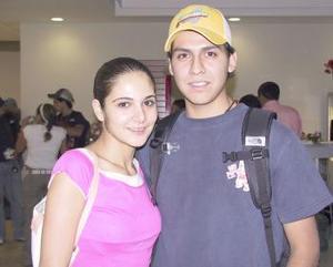 <u><b> 13 de Junio </u> </b><p>  Sergio Gutiérrez viajó a París y fue despedida por Karla Dabdoub